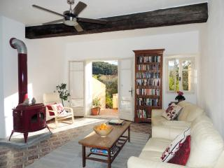 Large, stylish village house in Maureillas.