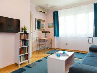 NEW & SUNNY Studio for two @ SAVAMALA District!, Belgrado