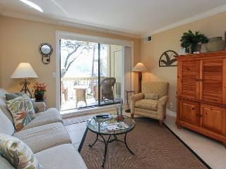 913 Cutter Court-Quick walk to the Marina for dining, shopping & activities., Hilton Head