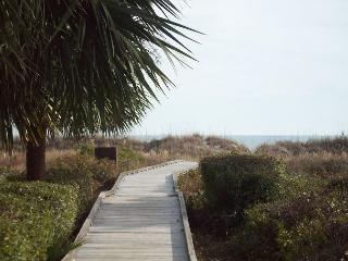 Beach Villa 13 - Oceanside Townhouse - Recently Updated, Hilton Head