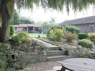 Garden and summer house.