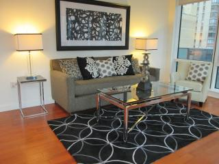Lux 1BR in Theater District w/gym, New York City