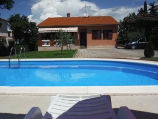 JOLANDA HOUSE, Pavicini