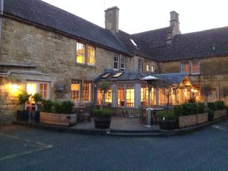 Noel Arms Hotel/Pub. Within 2 minutes walk and ideal for families; quintessentially English.