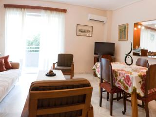 A Homely 1 Bdr Apt 350m from Beach, Paleo Faliro