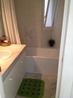 Another bathroom shot.