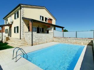 3 bedroom Villa in Umag-Lovrecica, Umag, Croatia : ref 2277373