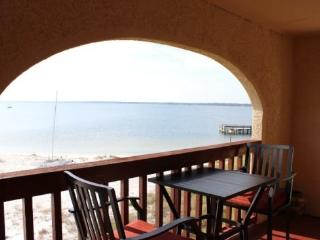 Sunset Harbor Palms 1 bedroom condo 2-310, Navarre