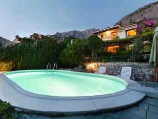 Luxury Villa CIKI*** with pool, Makarska