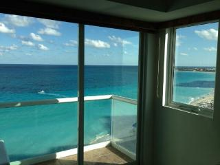 Beautiful studio with a ocean view, Cancún