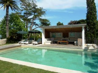 Villa with 6 bedrooms and pool near the beach, Antibes
