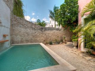 Casa Lola -    Merida Historic Colonial