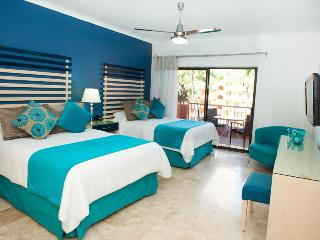 Villa del Palmar Puerto Vallarta: Studio, Sleep 2, with Kitchenette