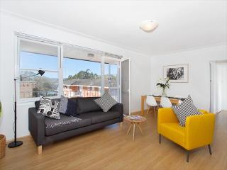 BOT01- Modern and Fresh Two bedroom in Mosman