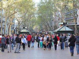 CITY CENTER, by Ramblas and Pl. Catalunya!, Barcelona