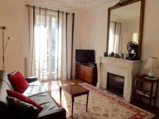 Left Bank Spacious One Bedroom - CENTRAL PARIS, Paris