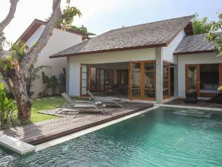 Villa Lima, Gorgeous, Peaceful and Quiet, Kerobokan