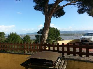 casa vacanza con piscina  porto pino, Porto Pino