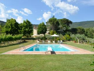 Villa San Pietro with stunning view on Cortona