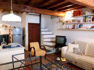 Casa nel borgo di Montemarcello