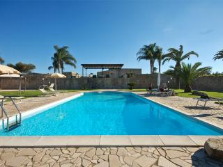 Luxury villa with private pool, Torre Dell'Orso