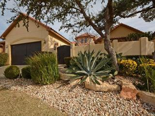 3BR/2.5BA Captivating House, Luxurious Amenities, Lakeway, Sleeps 8, Buffalo Gap