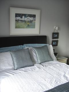 2nd Double bedroom with en-suite shower room available July/August