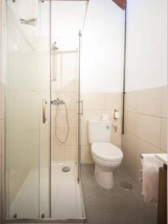 baño completo, detalle plato de ducha