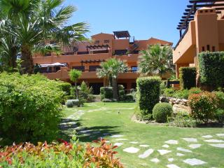 Estepona Luxury Beach Apartment, ideal familias. Free Wifi
