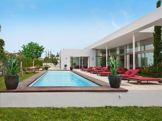 Villa Arbocera is a 5 star luxury villa