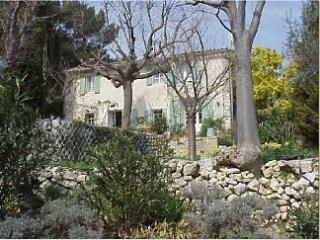 Farmhouse in Ventabren, Near. Aix en Provence
