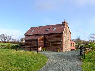ROSE COTTAGE, family friendly, character holiday cottage, with open fire in Maesbrook, Ref 11319, Oswestry