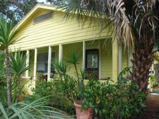 Downtown Sarasota Artist's Cottage