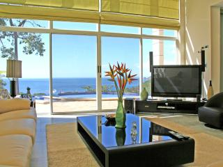 Modern Ocean View Home, Playa Hermosa