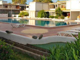 VACACIONES AL SOL / FREE WIFFI, Costa del Silencio