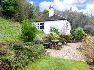 IVYBANK, detached, single-storey, woodburner, open fire, enclosed garden, sea, Porlock