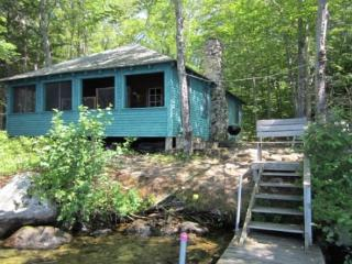 Vacation Rental Cabin on Lake Winnisquam Sleep 8 (CLA168W), Laconia
