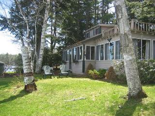 Waterfront on Lake Winnipesaukee with Mountain Views (LAN122Wf), Moultonborough