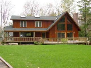 Spacious Beach Access Home in Suissevale(LAL21Bfp), Moultonborough