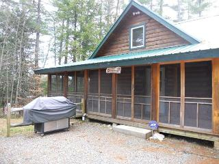 Gorgeous Beach Access Without Waterfront Price Lake Winnipesaukee (MCC53Ba), Laconia