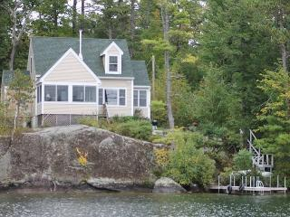 Lake Winnipesaukee Waterfront  (WAT35Wfa)