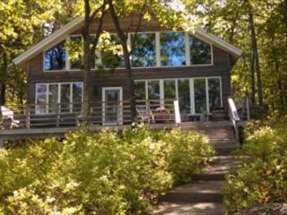 Rattlesnake Island Property Sleeps 10 on Lake Winnipesaukee (CAS292Im), Alton