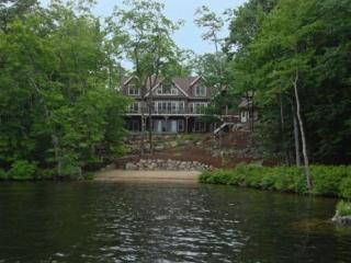 Secret of South Winds on Lake Winnipesaukee in Moultonborough (HAR27WaF)