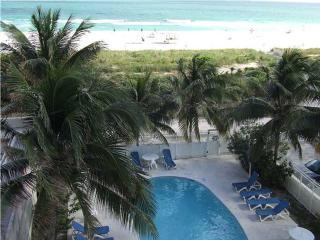 Ocean Front Apartment, Miami Beach