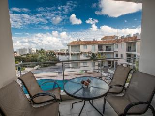 Palm Apartment 203 with sea views and Free Wi-Fi