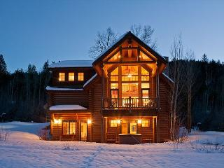 4 Bedroom Log Cabin - Sleeps 10 - Close to Jackson Hole!, Víctor