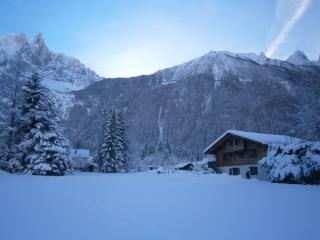 Chalet in glorious snow - Les Drus in background
