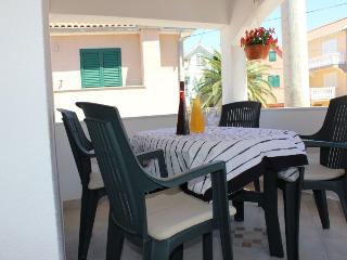 Holiday apartment for 2-4 person, near beach, Privlaka