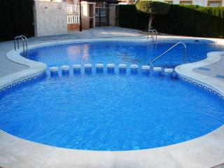 Costa Blanca South-3 Bed Villa Overlooking Pool AT, Cabo Roig
