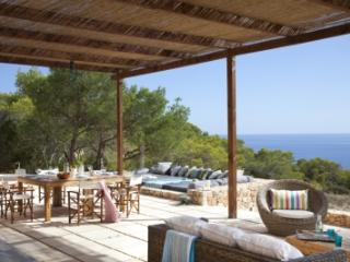 Stunning 4 Bedroom Villa in Formentera